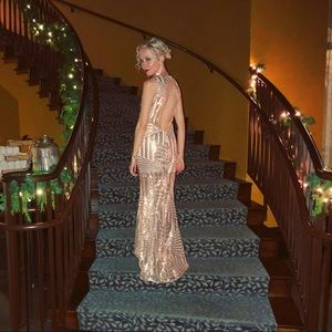 Dresses & Skirts - Beautiful formal rose gold sequin gown